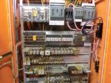 スエージングマシン制御盤